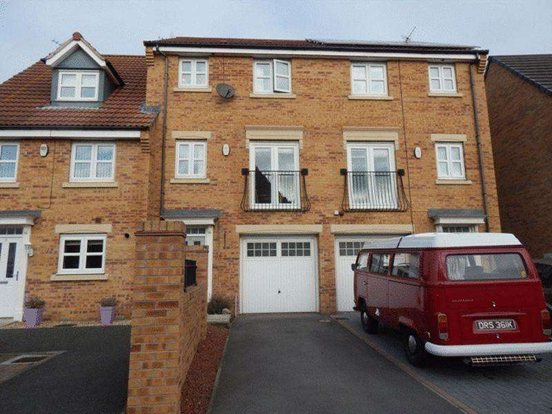 4 Bedrooms Town House for sale in Sandringham Meadows, South Beach, Blyth