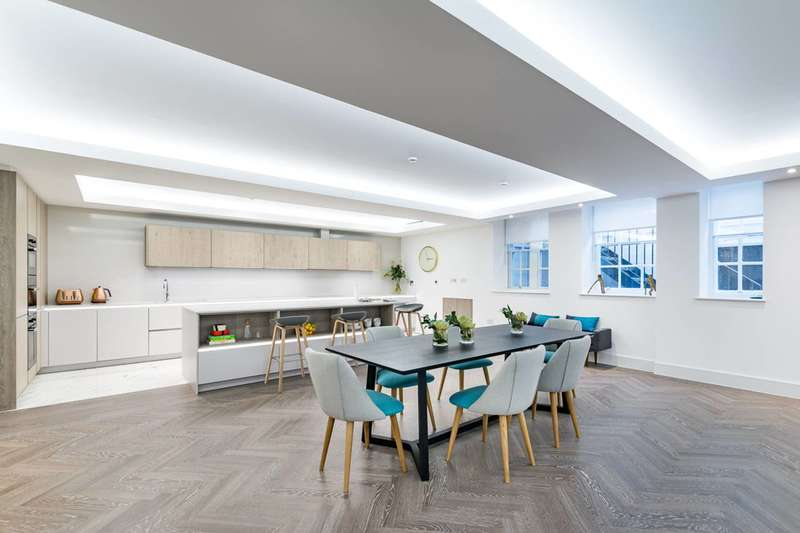 2 Bedrooms Flat for sale in Fitzbourne Place, Marylebone, W1W