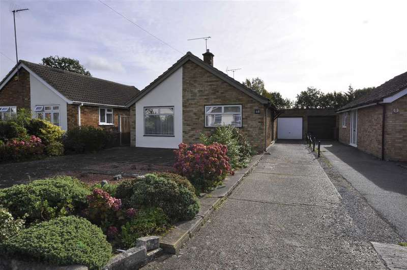 2 Bedrooms Bungalow for sale in Falmouth Road, Chelmsford