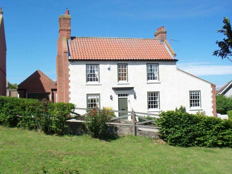 4 Bedrooms Detached House for sale in Chapel Row, Sadberge, Darlington