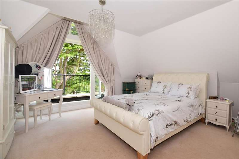 2 Bedrooms End Of Terrace House for sale in St. Faiths Lane, Bearsted, Maidstone, Kent