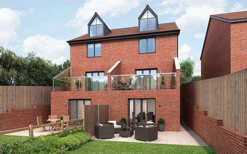 4 Bedrooms Semi Detached House for sale in Branden Drive, Knutsford