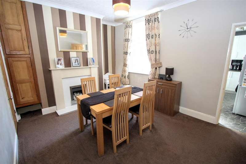 2 Bedrooms Terraced House for sale in Bartlett Street, Darlington