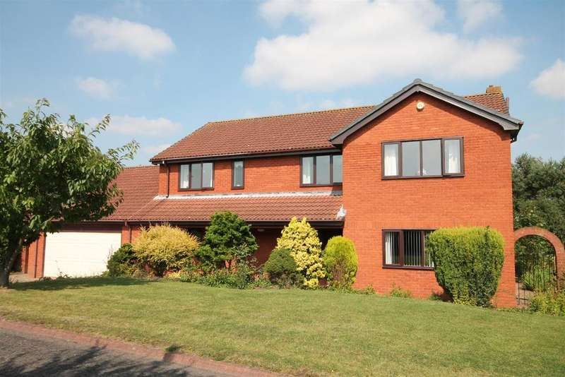 4 Bedrooms Detached House for sale in Low Green, Woodham