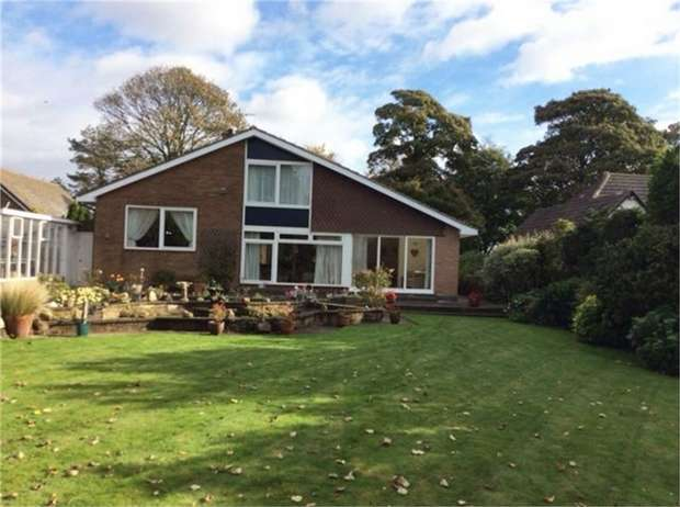 4 Bedrooms Detached Bungalow for sale in Mill Road, Keyingham, Hull, East Riding of Yorkshire