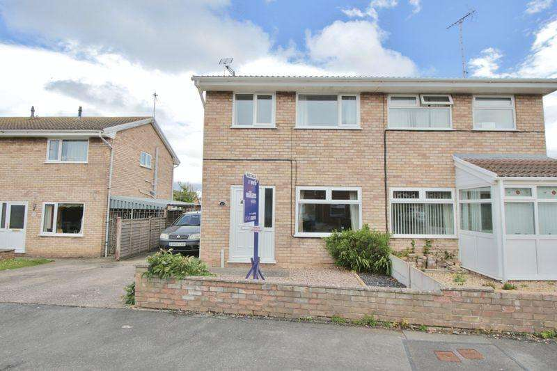 3 Bedrooms Semi Detached House for sale in Lon Cadfan, Prestatyn