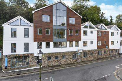 3 Bedrooms Flat for sale in Station Road, Fowey, Cornwall