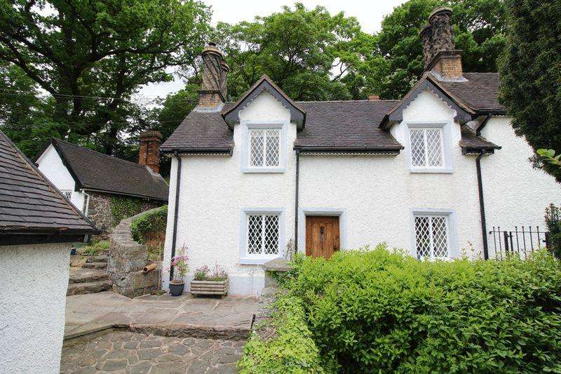 3 Bedrooms Cottage House for sale in Trewern, Welshpool, SY21 8EA