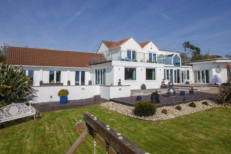 5 Bedrooms Detached House for sale in Beach Road, Penarth