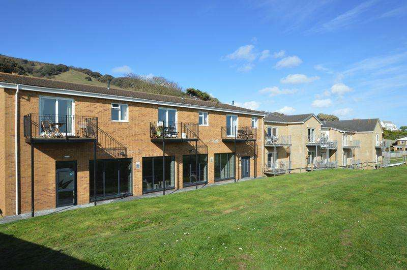 2 Bedrooms Apartment Flat for sale in BONCHURCH