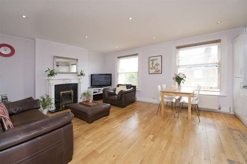 2 Bedrooms Maisonette Flat for sale in Benbow Road, Hammersmith