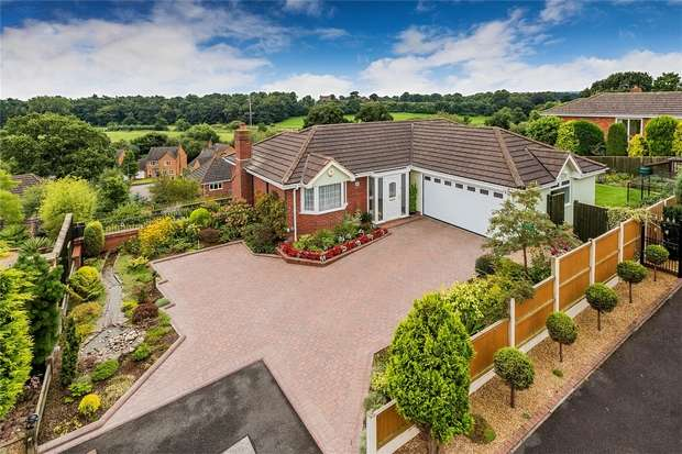4 Bedrooms Detached House for sale in 6 Tennyson Close, Market Drayton, Shropshire