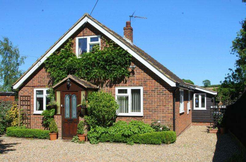 4 Bedrooms Detached Bungalow for sale in Town Road, Petham