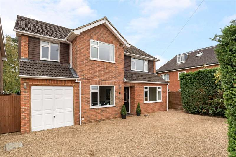 5 Bedrooms Detached House for sale in Kenilworth Road, Fleet, GU51