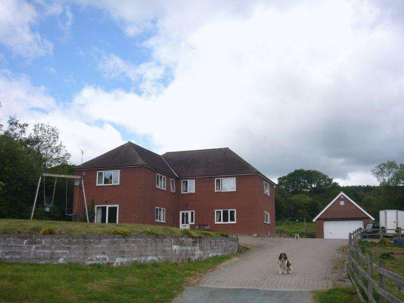 3 Bedrooms House for sale in Vessons View, Habberley Pontesbury SY5 0BQ