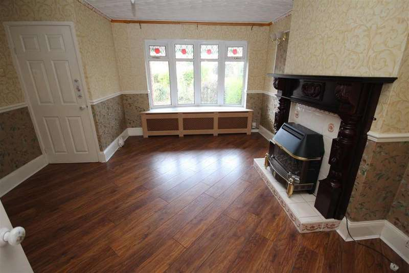 3 Bedrooms Semi Detached House for sale in Kesteven Road, Fens Estate, Hartlepool