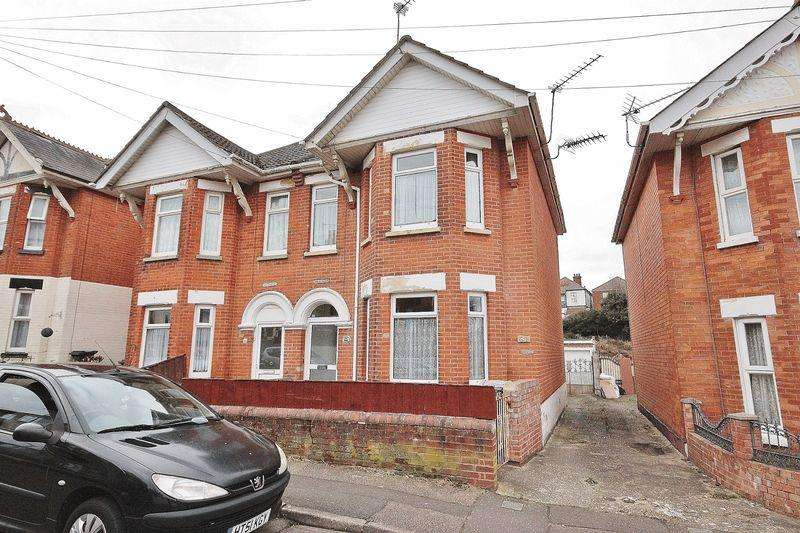 4 Bedrooms Semi Detached House for sale in Stourvale Road, Southbourne, Bournemouth