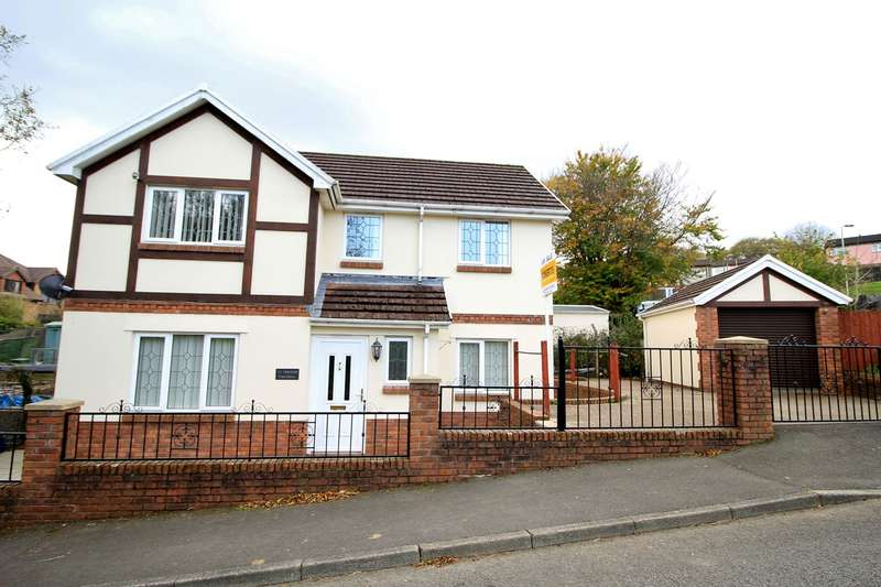 3 Bedrooms Detached House for sale in Park Drive, BARGOED, CF81