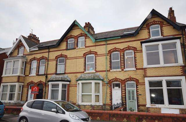 1 Bedroom Flat for sale in St Albans Road, Lytham St Annes , FY8