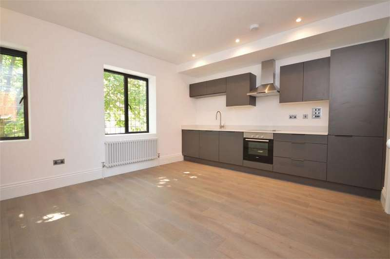 2 Bedrooms Flat for sale in 1 The Old Chambers, 287 - 291 High Street, Epping
