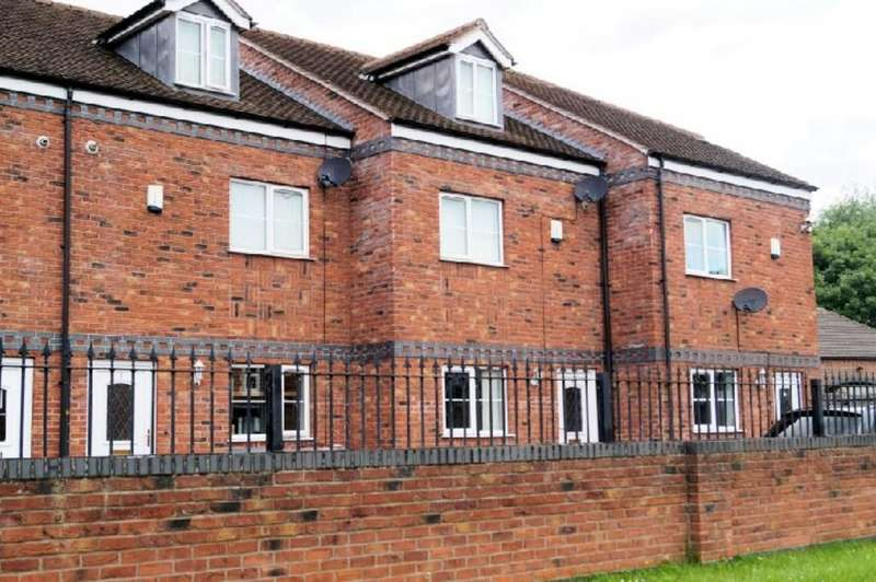 3 Bedrooms Town House for sale in Brantley Mews, Lincoln