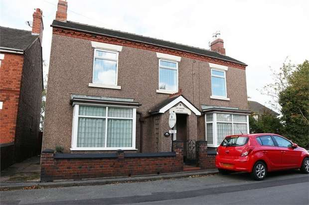 3 Bedrooms Detached House for sale in Wereton Road, Audley, Stoke-on-Trent, Staffordshire