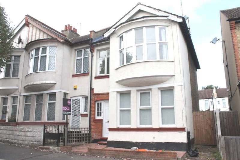 3 Bedrooms End Of Terrace House for sale in Hainault Ave