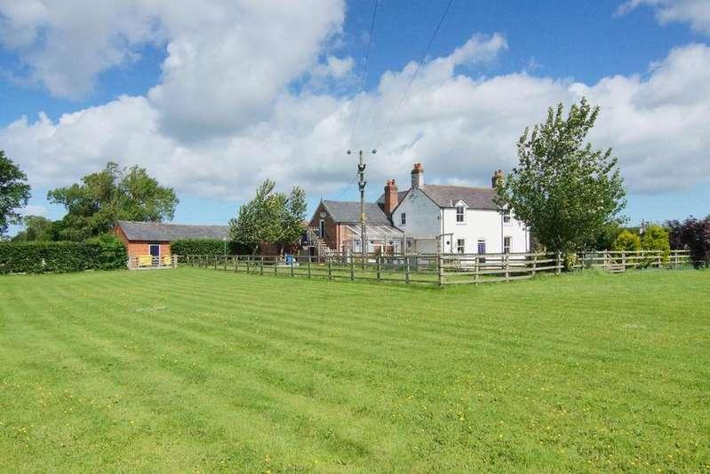 4 Bedrooms Detached House for rent in Trefnant, Denbigh