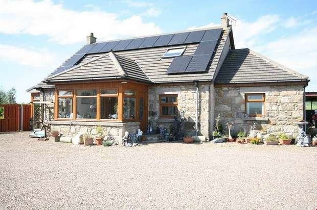 4 Bedrooms Detached House for sale in Strichen, Strichen, Fraserburgh, Aberdeenshire