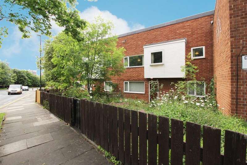 3 Bedrooms Flat for sale in Belvedere Court, Newcastle Upon Tyne