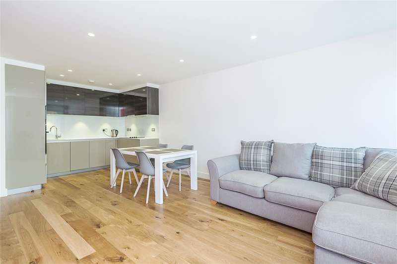 2 Bedrooms Flat for sale in Bywell Place, London, E16