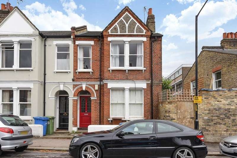 2 Bedrooms Flat for sale in Whorlton Road, Peckham