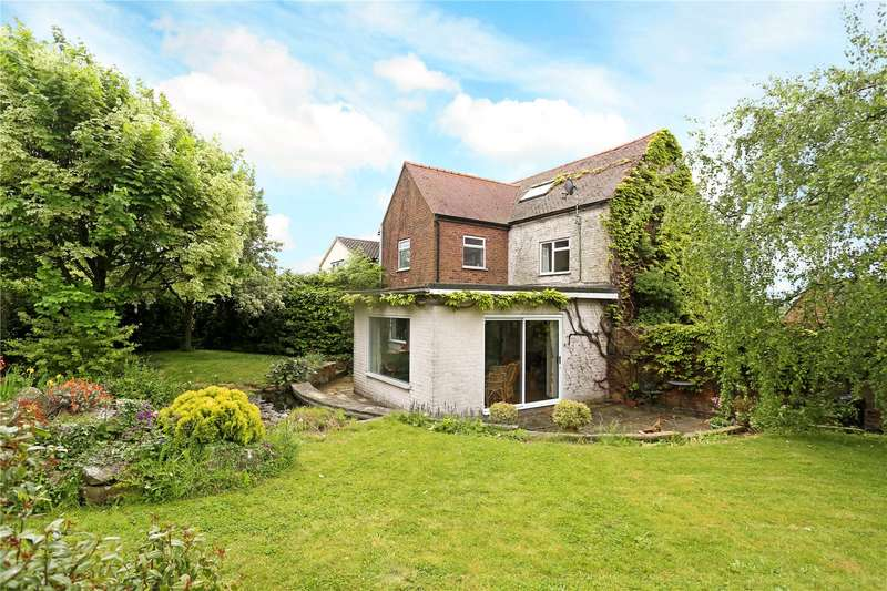 3 Bedrooms Semi Detached House for sale in Middle Street, Eastington, Stonehouse, Gloucestershire, GL10