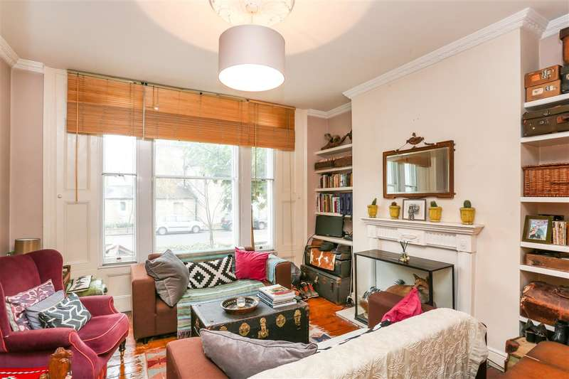 1 Bedroom Flat for sale in Tufnell Park Road, London