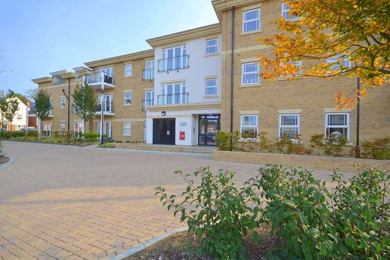 2 Bedrooms Flat for sale in Lower Sunbury