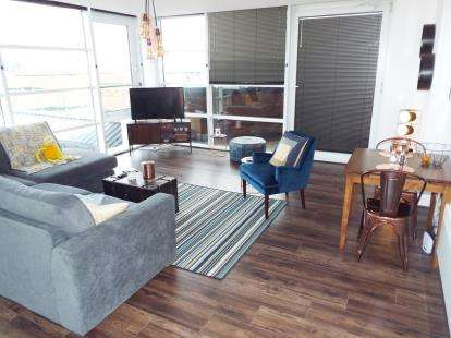 1 Bedroom Flat for sale in Landmark, Waterfront West, Brierley Hill, West Midlands