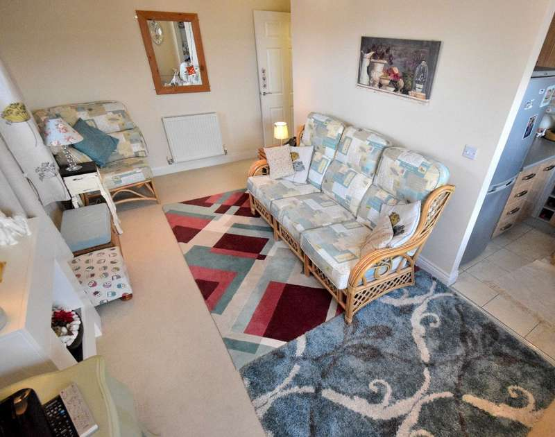 1 Bedroom Apartment Flat for sale in Creed Way, West Bromwich, B70 9JT