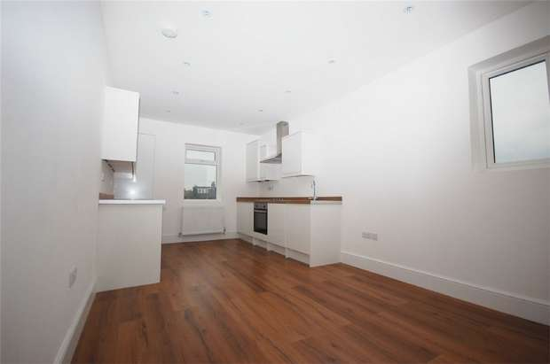 2 Bedrooms Flat for sale in Chamberlayne Road, Kensal Rise, London