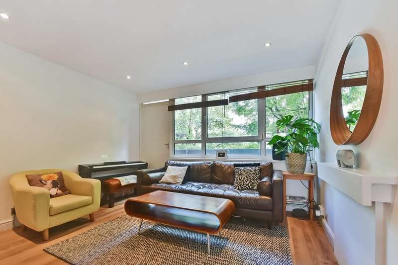 2 Bedrooms Flat for sale in Hampson Way, London SW8