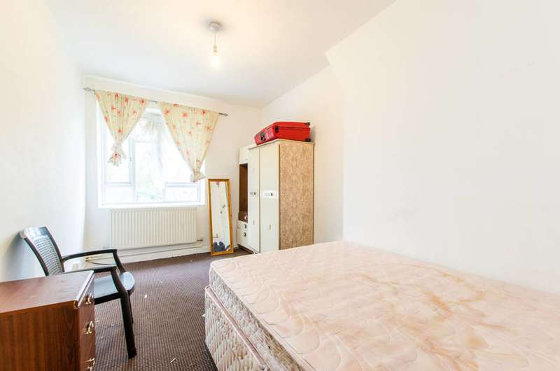 2 Bedrooms Flat for sale in Tulse Hill, Brixton, SW2