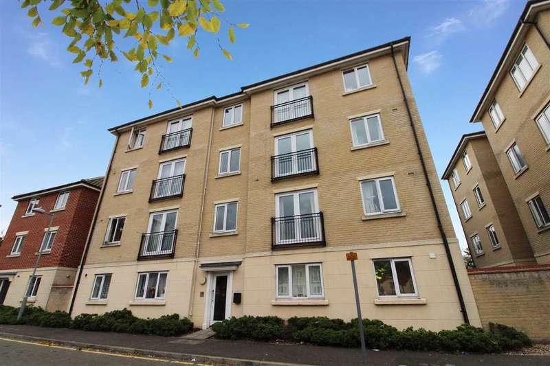 2 Bedrooms Apartment Flat for sale in Firmin Close, Ipswich