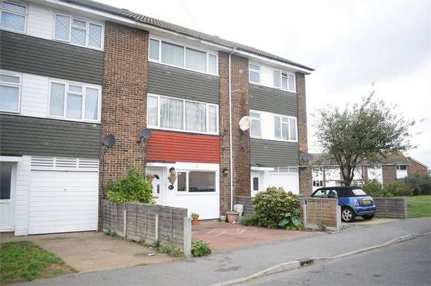 4 Bedrooms Terraced House for sale in Fifth Avenue, Canvey Island, Essex