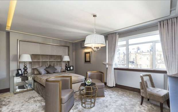 3 Bedrooms Apartment Flat for sale in Chelwood House Gloucester Square, London, W2