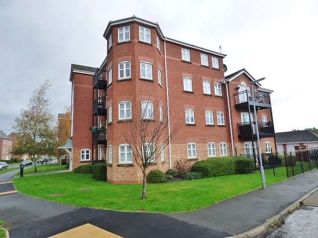 2 Bedrooms Flat for sale in Washington Drive, Great Sankey, Warrington