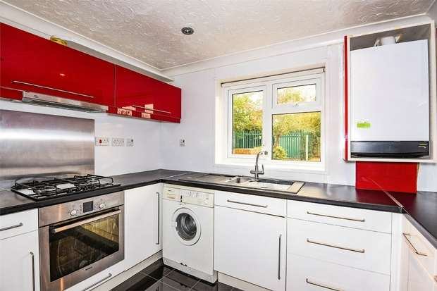 1 Bedroom Maisonette Flat for sale in Dunstans Drive, WINNERSH, Berkshire
