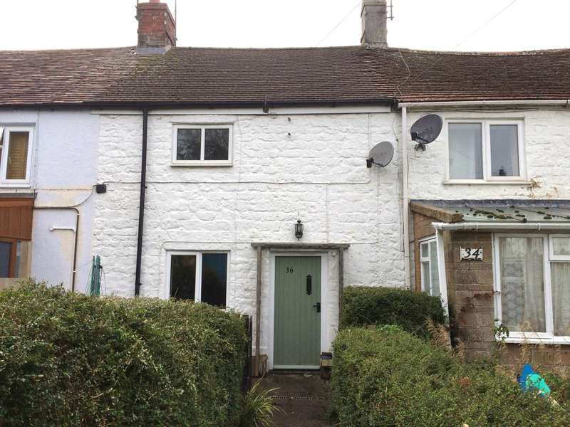 2 Bedrooms House for rent in Middle Path, Crewkerne