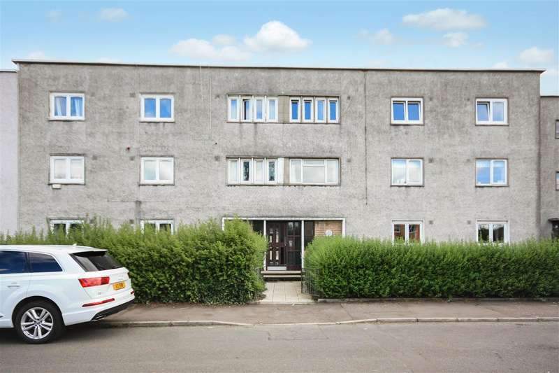 3 Bedrooms Flat for sale in Crookston Road, Glasgow