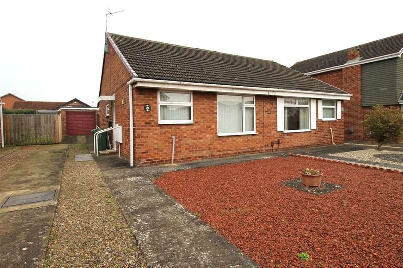 2 Bedrooms Semi Detached Bungalow for sale in Culross Grove, Stockton-On-Tees, TS19