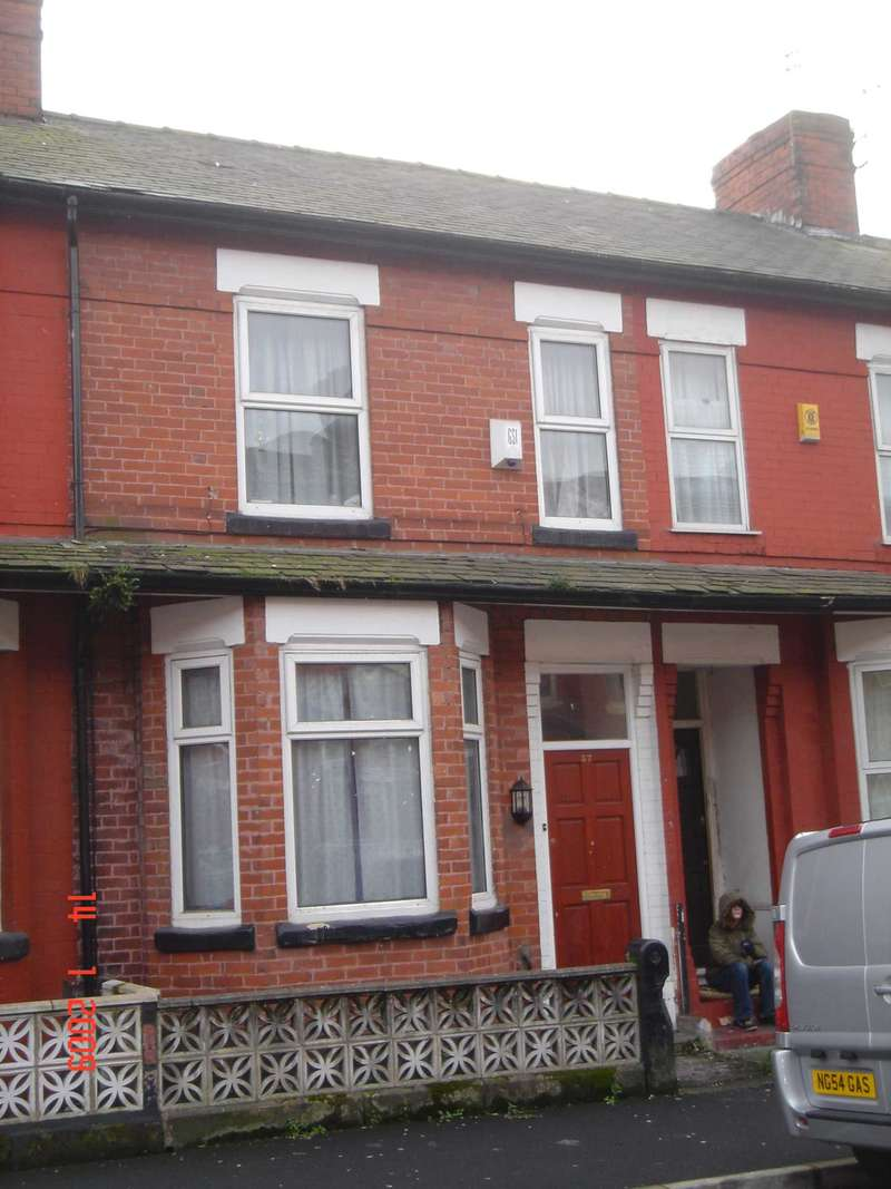 6 Bedrooms Terraced House for rent in Cawdor Road, Fallowfield