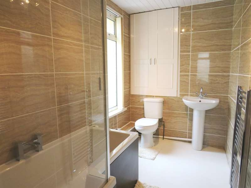 4 Bedrooms Semi Detached House for sale in Bridge Street, Abercarn, NEWPORT